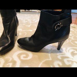 3 inch heel black bootie